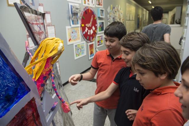 """ide okulları Öğrencileri """"Kristal Cennet ve Şehir Tutsakları"""" Eseriyle 5'inci Çocuk ve Gençlik Sanat Bienali'nde!"""