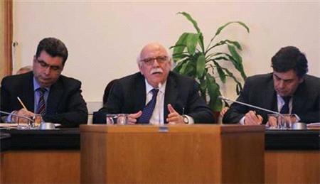 Dershanelerle ilgili düzenlemeler komisyondan geçti