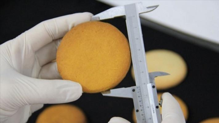 Diyet yapanlar için 'bal kabağı' unundan bisküvi