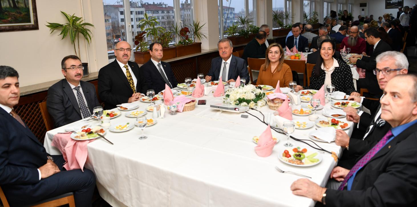 """""""İstanbul Üniversitesi'nin Araştırma Üniversitesi Olarak Kalması İçin Bazı Hedefler Belirledik"""""""