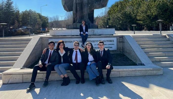 Bilkent'li öğrenciler 400'e yakın takım arasından ilk 16 takım arasına girdi