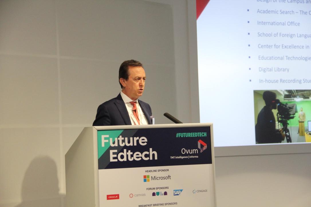 "MEF Üniversitesi Rektörü Prof. Dr. ŞAHİN  ""Future Edtech""te ''Flipped Learning''i Anlattı"