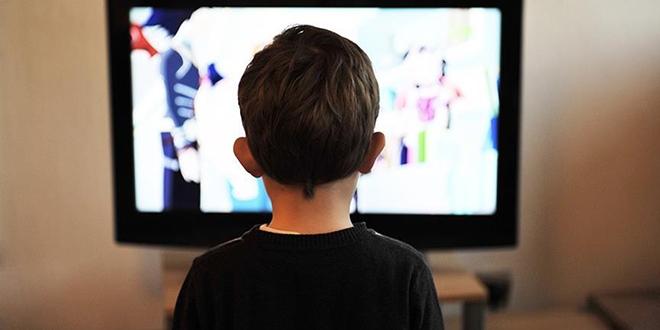 'İlk üç yaşta ekran ve dijital araçlar zararlı'