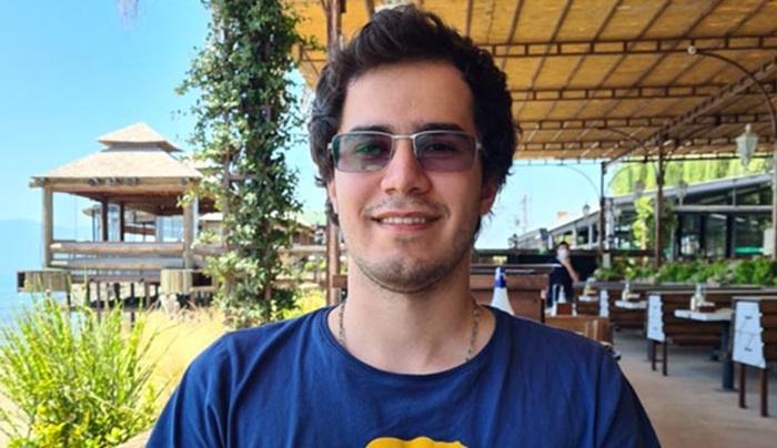 YKS'nin çifte birincisi Eren: Bilgisayar mühendisliği istiyorum
