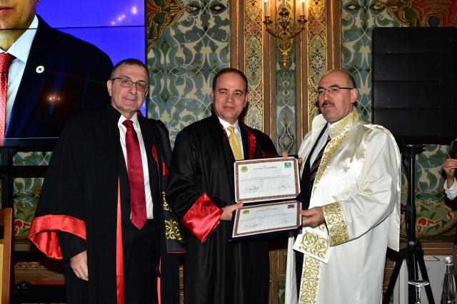 İstanbul Üniversitesi'nden Arnavutluk Cumhurbaşkanı Bujar Nishani'ye fahri doktora
