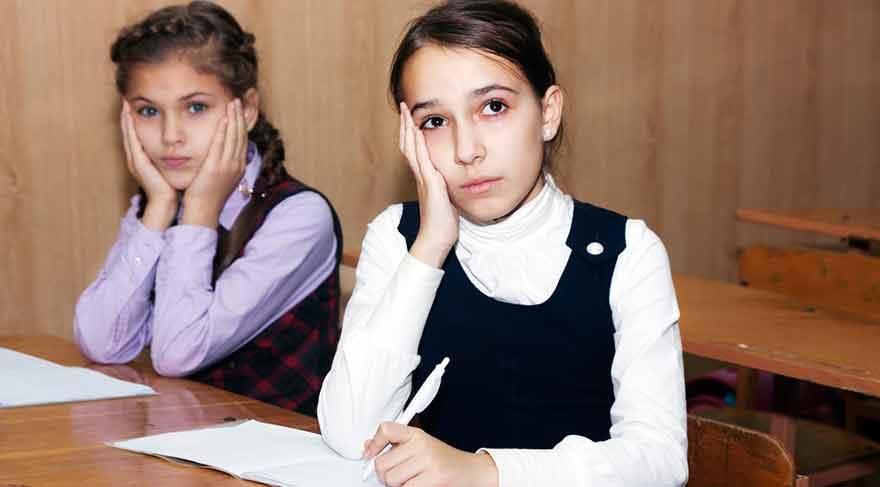 TEOG için geri sayım başladı: Sınav kaygınızı çocuğunuza hissettirmeyin!