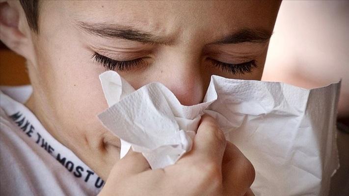 Çocuklarda boğaz ağrısı ya da ateşten sonra görülebilecek bu belirtilere dikkat