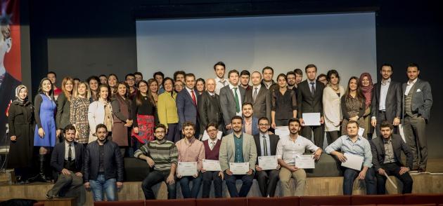 AGÜ'de Girişimcilik Projeleri Yarıştı