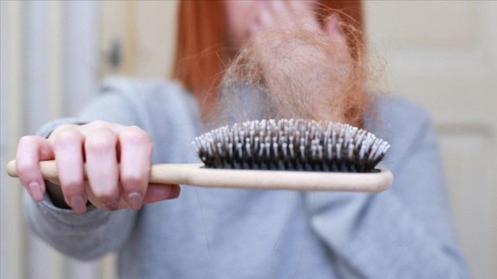 Kronik stresin saç dökülmesine yol açmasının nedeni keşfedildi