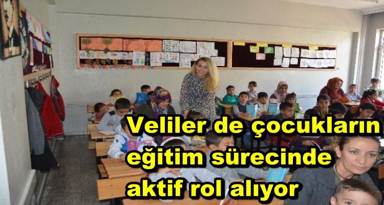 Veliler de çocukların eğitim sürecinde aktif rol alıyor