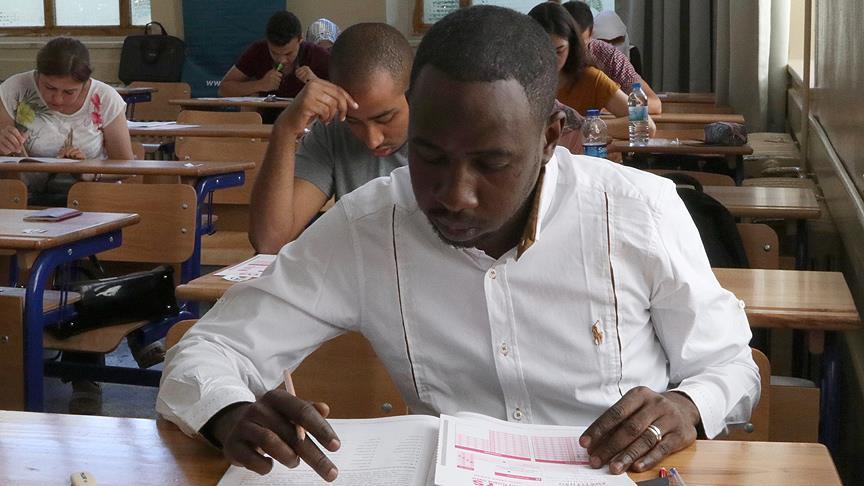 YTB'den üniversite öğrencilerine insan hakları eğitim programı