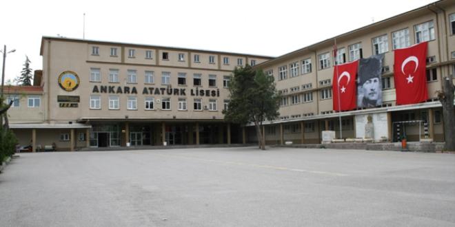 'Proje okulları uygulamasından vazgeçilmeli'