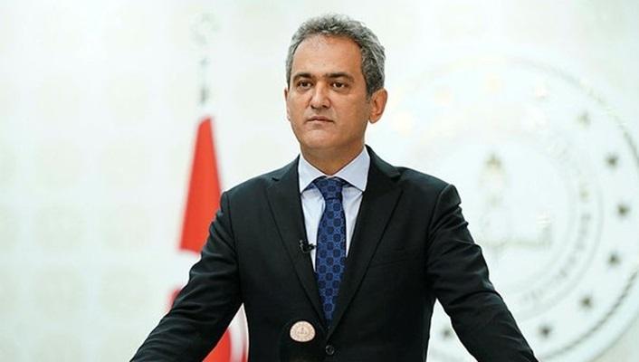 Millî Eğitim Bakanı Mahmut  ÖZER bugün Kastamonu ve Sinop'ta