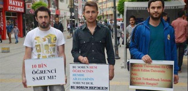 Üniversitelilerden yurt ve kira protestosu