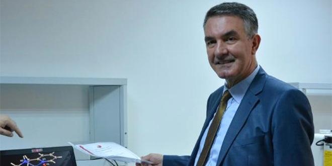 Türk doktorlar kanseri tedavi edecek yeni bileşik buldu