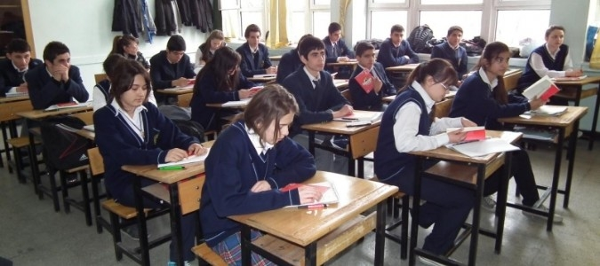 Liselerde Sorumluluk Sınavları 2 Öğretmen Eşliğinde Yapılacak
