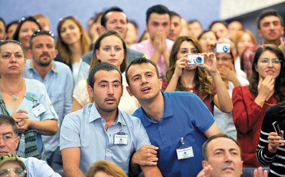 YÖK'TEN 'EĞİTİM ÜNİVERSİTELERİNE' ÖĞRETMEN NİTELİĞİNİN ARTIRILMASI