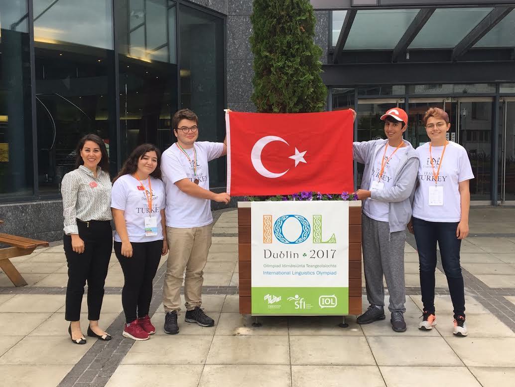 Türkiye'yi Başarıyla Temsil Ettiler