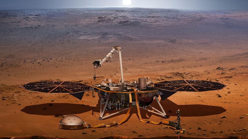 'InSight' Mars'a indi!