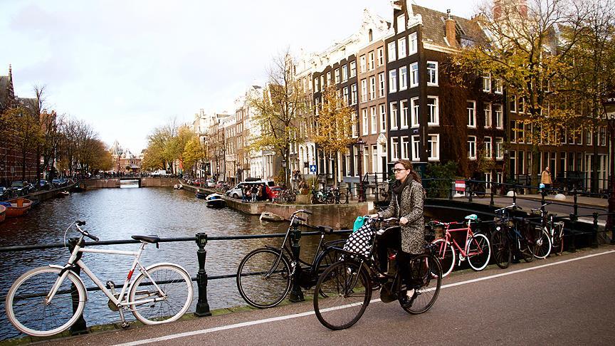 Hollanda'da bisiklet yaşam biçimi