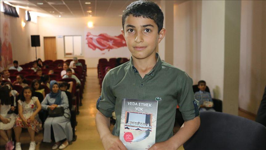 Siirt'te öğrenciler şiir kitabı çıkardı