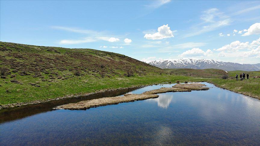 Erzincan'ın 'yüzen adaları' ziyaretçilerini bekliyor