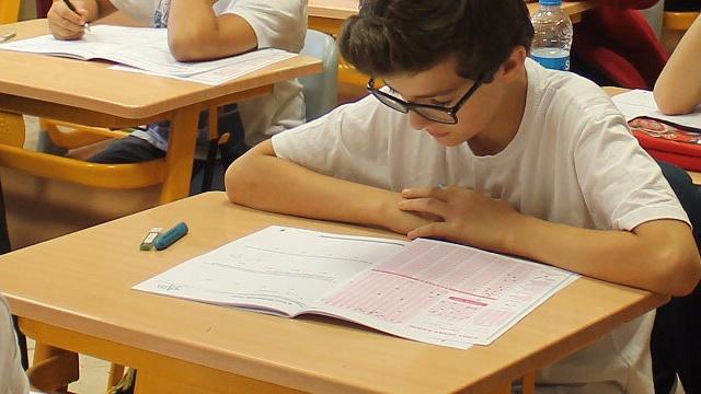 Liselere kontenjanın üstünde talep olursa ne olacak?