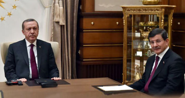 Kritik Zirve Sona Erdi, Başbakan Davutoğlu İstifa Etti!