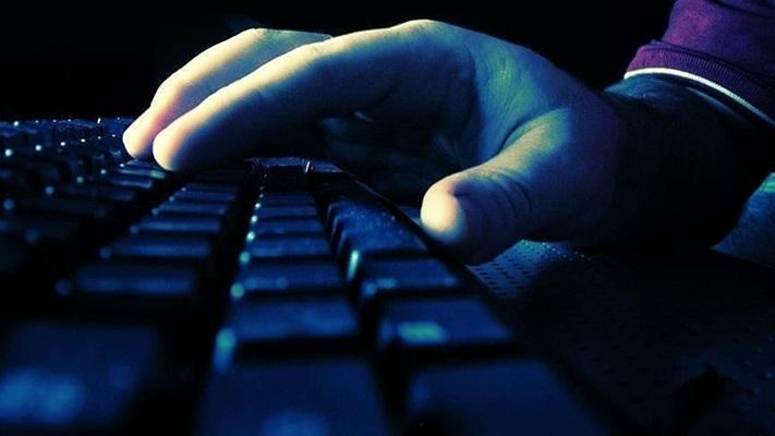 MEB ücretsiz bilgisayar vaadiyle 'oltalama' yapan sitelere ilişkin uyarıda bulundu