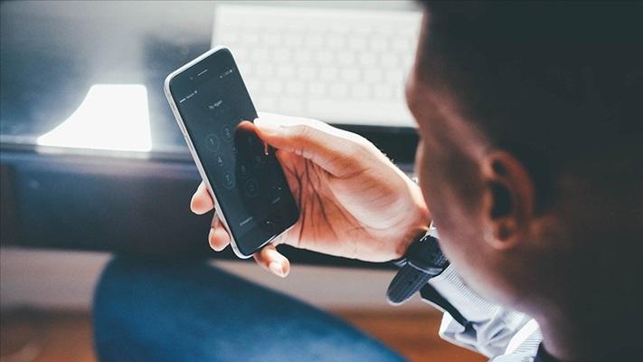 Araştırmaya göre 'akıllı telefon bağımlılığı' uyku düzenini etkiliyor