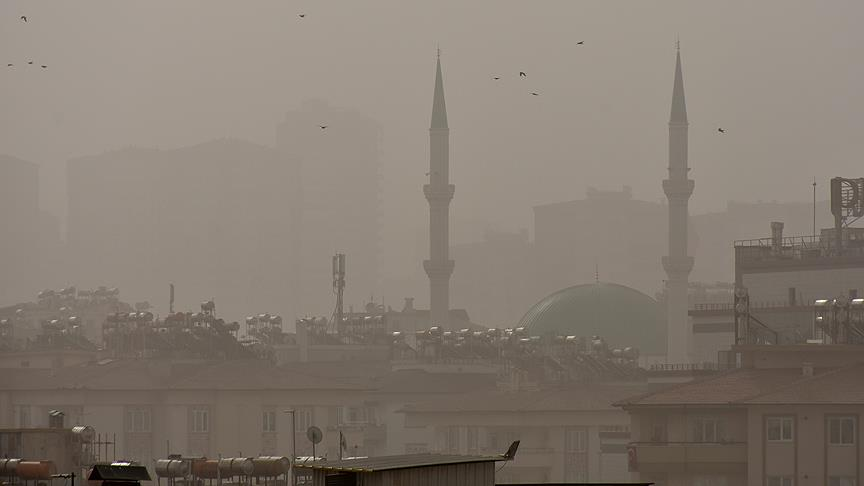 Toz bulutu 5 ilde yaşamı olumsuz etkiliyor