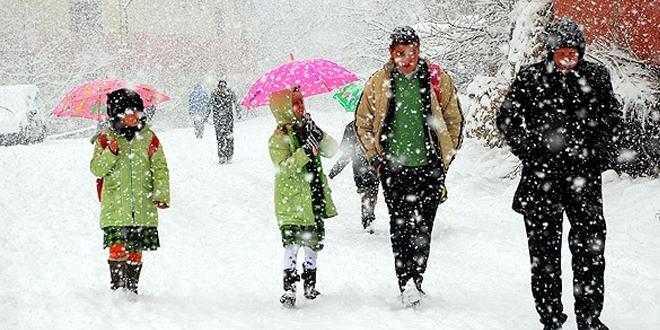 Trabzon'da eğitime kar engeli