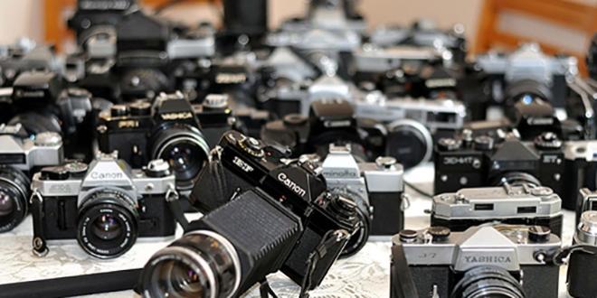 Emekli öğretmen 700 makinelik koleksiyon sahibi oldu