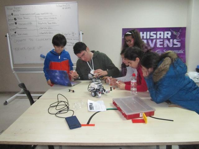 Hisar Ravens Robotik Takımı ile Her Okula Bir Robotik Takımı