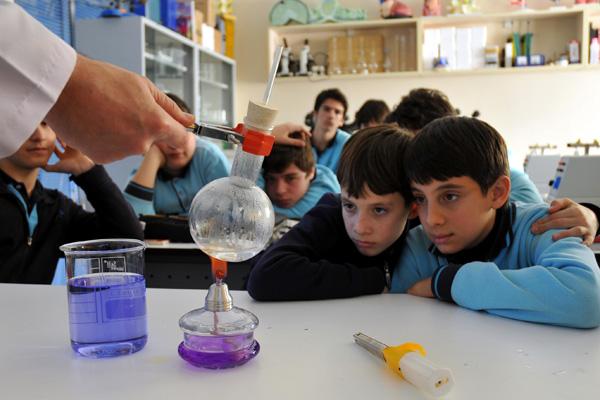 Çocuk Üniversiteleri erken yaşta Bilim'i öğretiyor!