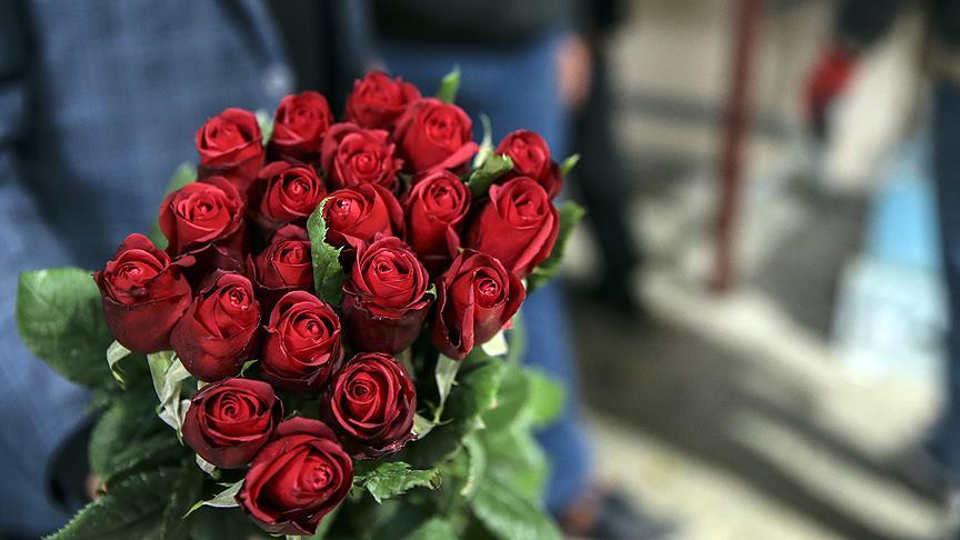14 Şubat'ta sevgililere 6 milyon adet çiçek