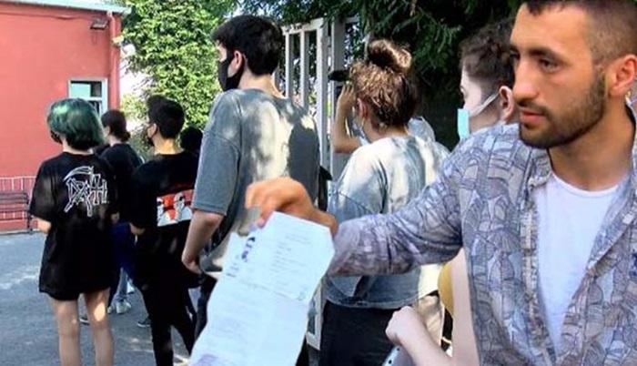 İstanbul Üniversitesi'ndeki YKS'ye geç kalan 2 öğrenci içeriye alınmadı