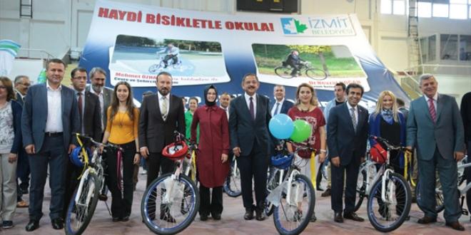 Kocaeli'de öğretmenler okula bisikletle gidecek