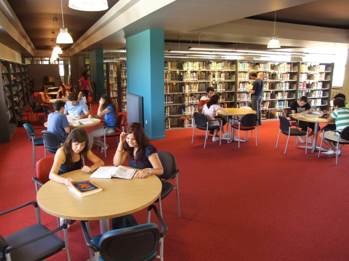 Işık Üniversitesi Kütüphanesi İlk 3'e Girdi