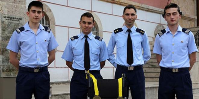 Askeri lise, projesiyle 2 dünya birinciliği kazandı