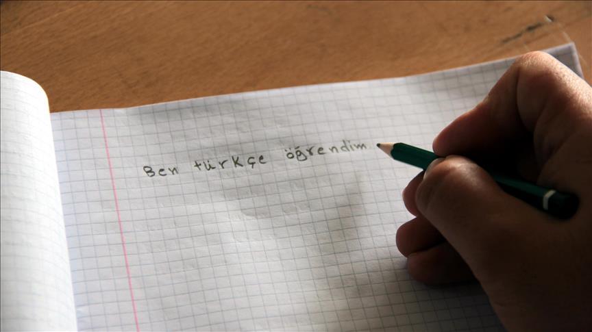 Cezayirliler önce Türkçe öğrenecek sonra öğretecek