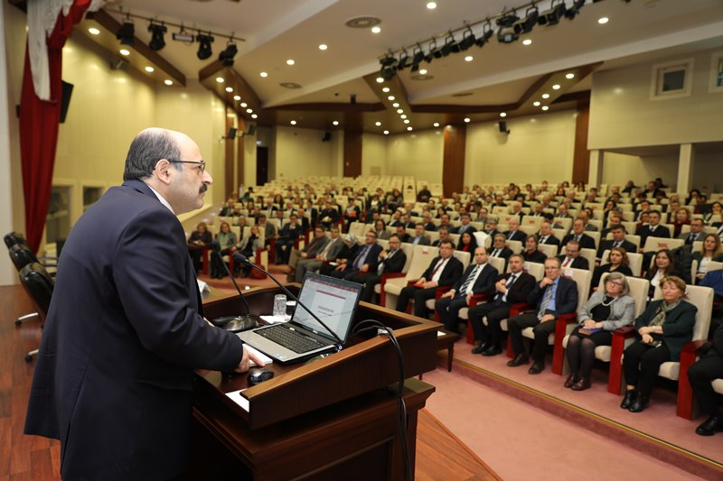 100 alanda 2 bin kişiye yönelik aylık bin 550 lira doktora bursu