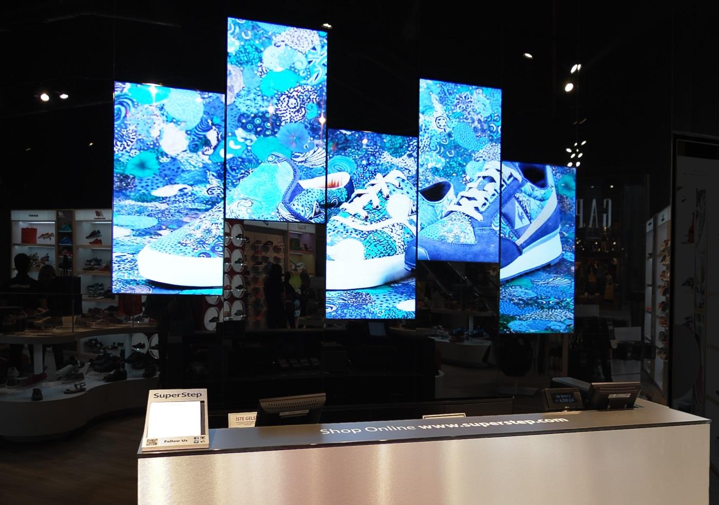 Mağazalarda yaygınlaşan dijital ekran yayıncılığı yoğun ilgi görüyor