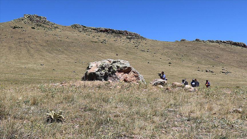 Hitit kaya anıtında kazı çalışması başlatıldı