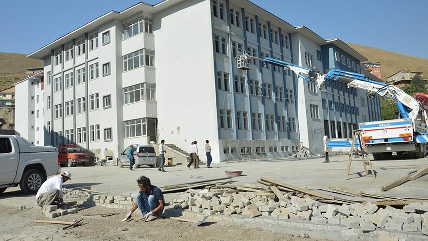 Hakkari'ye 246 milyon liralık eğitim yatırımı