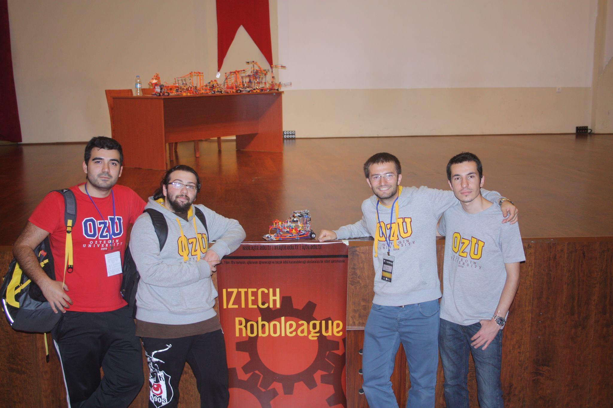 Özyeğin Üniversitesi Teknoloji ve Robotik Kulübü Roboleauge Yarışması'nda Üçüncü Oldu