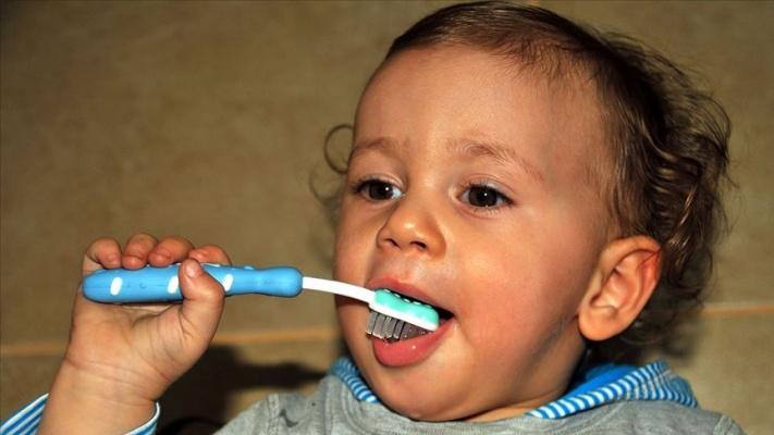 'Çocukların diş temizliğine ilk süt dişinin çıkmasıyla başlanmalı'