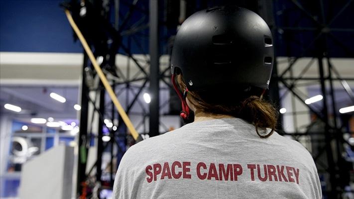 Uzay Kampı Türkiye'de, salgında 12 bin öğrenciye çevrim içi eğitim verildi
