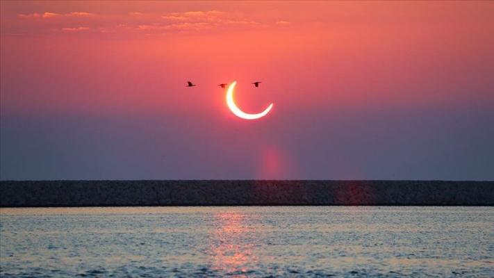 Yılın son Güneş tutulması gerçekleşti