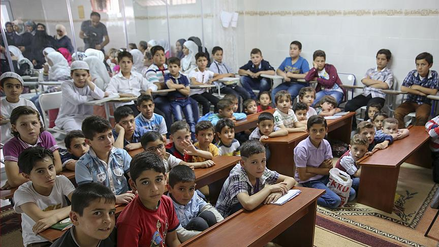 21 bin Suriyeli çocuk 'uyum' eğitimi aldı